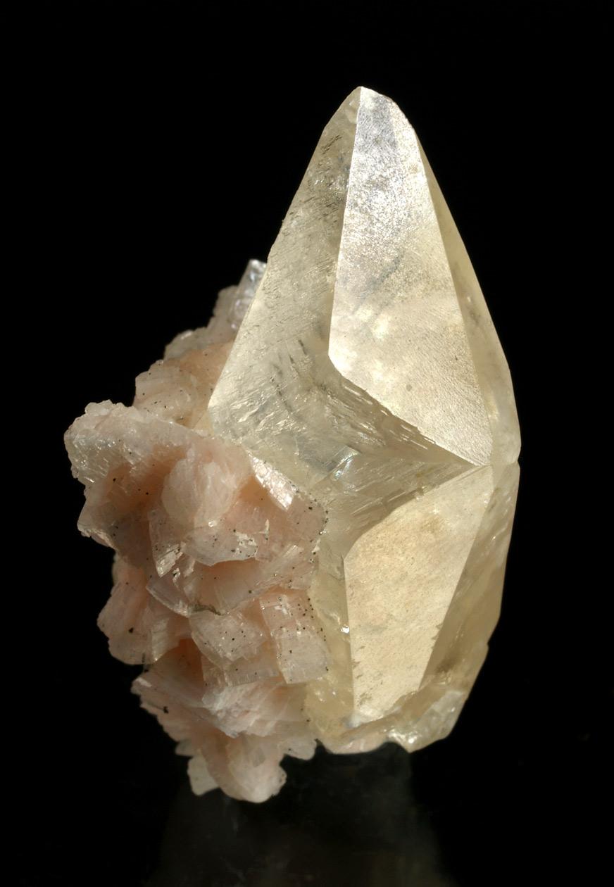 El mineral del mes - Maig 2015 RM635-calcita-moscona-c